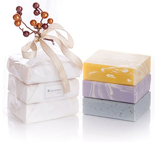 ORGANIC HANDMADE SOAP GIFT SET – ALL NATURAL – Scented w/ Pure Aromatherapy Grade Essential Oils – 3 Full Size Bars – Comes Boxed, Gift Wrapped in Cellophane w/ Satin Bow & Spring Floral Embellishment